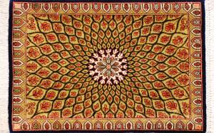 サイズ45×29cm<br> silk100%<br> メダリオン<br> クム産88,000円(税込)