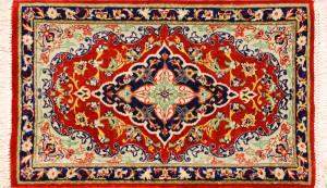 サイズ43×26cm<br> silk100%<br> メダリオン<br> クム産91,000円(税込)