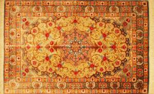 サイズ120×79cm<br> silk100%<br> ダブルメダリオン  クム産<br> ゴーハリ工房<br> 577,000円(税込)