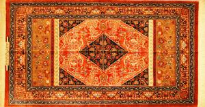 """サイズ135×72cm<br> silk100%(絹のクオリティも良い)<br> ニューデザイン<br> クム産<br> ヌーリー工房980,000円(税込) <span class=""""sold"""">SOLD OUT</span>"""