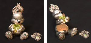 Good Luckウサギ(ペンダント付き) サイズ高さ7×幅5cm 12,600円