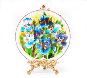 手描きアートガラス<br>「アヤメ」<br>サイズ直径25cm 8,500円<br>
