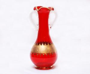 12~13年前に作られた<br> 赤いペルシア花瓶<br>美しい赤い色は難易度が高く、数はあまりありません<br>サイズ高さ25cm 直径12cm 25,000円<br>