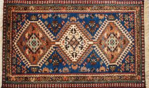 サイズ100×59cm<br> wool100%<br> ミックス<br> メダリオン<br> シーラーズ工房75,000円(税込)