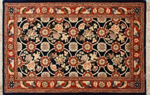 サイズ90×60cm<br> wool&silk<br> フラワーデザイン<br> ワラミン工房95,000円(税込)