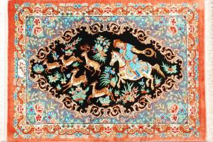 サイズ85×55cm<br> silk100%<br> シュカルガ(王様と動物の遊び)デザイン<br> ゴルチン工房250,000円(税込)