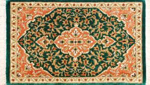 サイズ50×28cm<br> silk100%<br> メダリオン<br> クム産93,000円(税込)