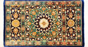 サイズ47×26cm<br> silk100%<br> スターメダリオン(空の星)<br> クム産95,000円(税込)