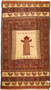 サイズ165×99cm<br> 中央の図案は「サモーバル」。中央部分は絹製。 <br> 577,000円