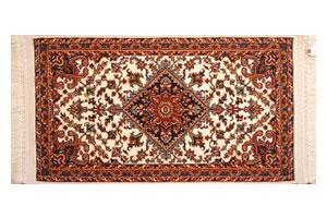 シルクタッチの機械織りペルシア絨毯